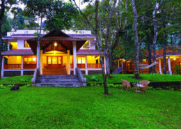 thekkady honeymoon resorts