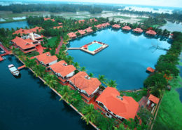 honeymoon lake-palace-resort-alleppey