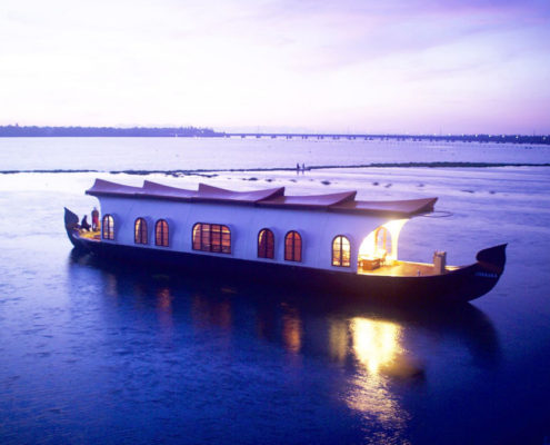 honeymoon spice-routes-houseboats-alleppey